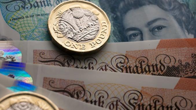 زوج GBPUSD ينخفض الى ادنى مساواته في شهر، و EURGBP يرتفع بسبب مخاوف حول البريكسيت: