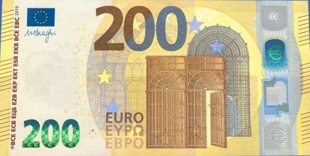 زوج اليورو دولارانخفض ولماذا سوف يستمر في الانخفاض؟